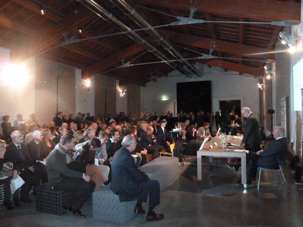 """Presentazione Libro """"The World of animal fibres"""" Prato"""