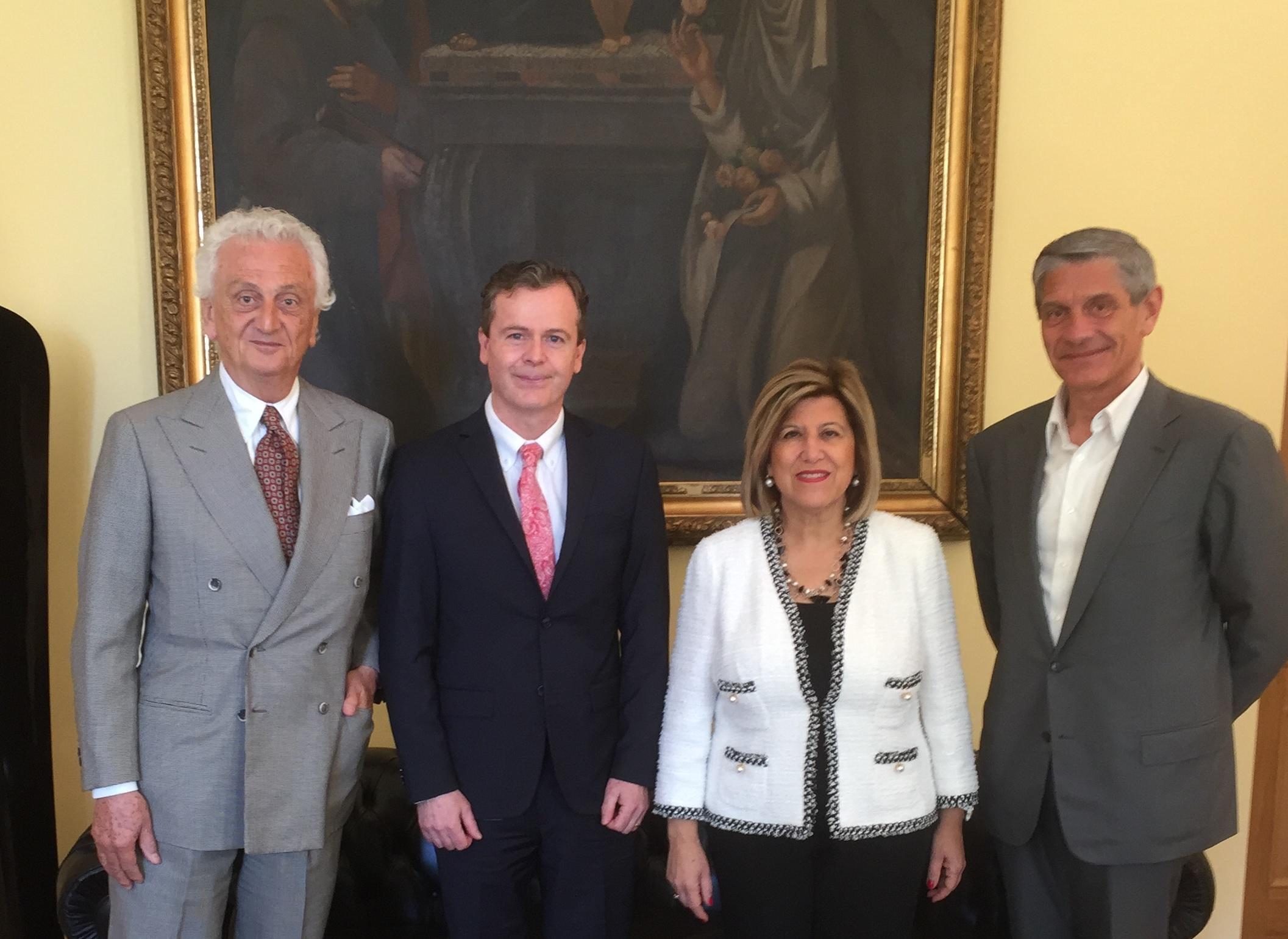 Incontro con il Prefetto e l'Ambasciatore di Australia